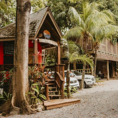 Tranquilseas Hotel Resort recepce